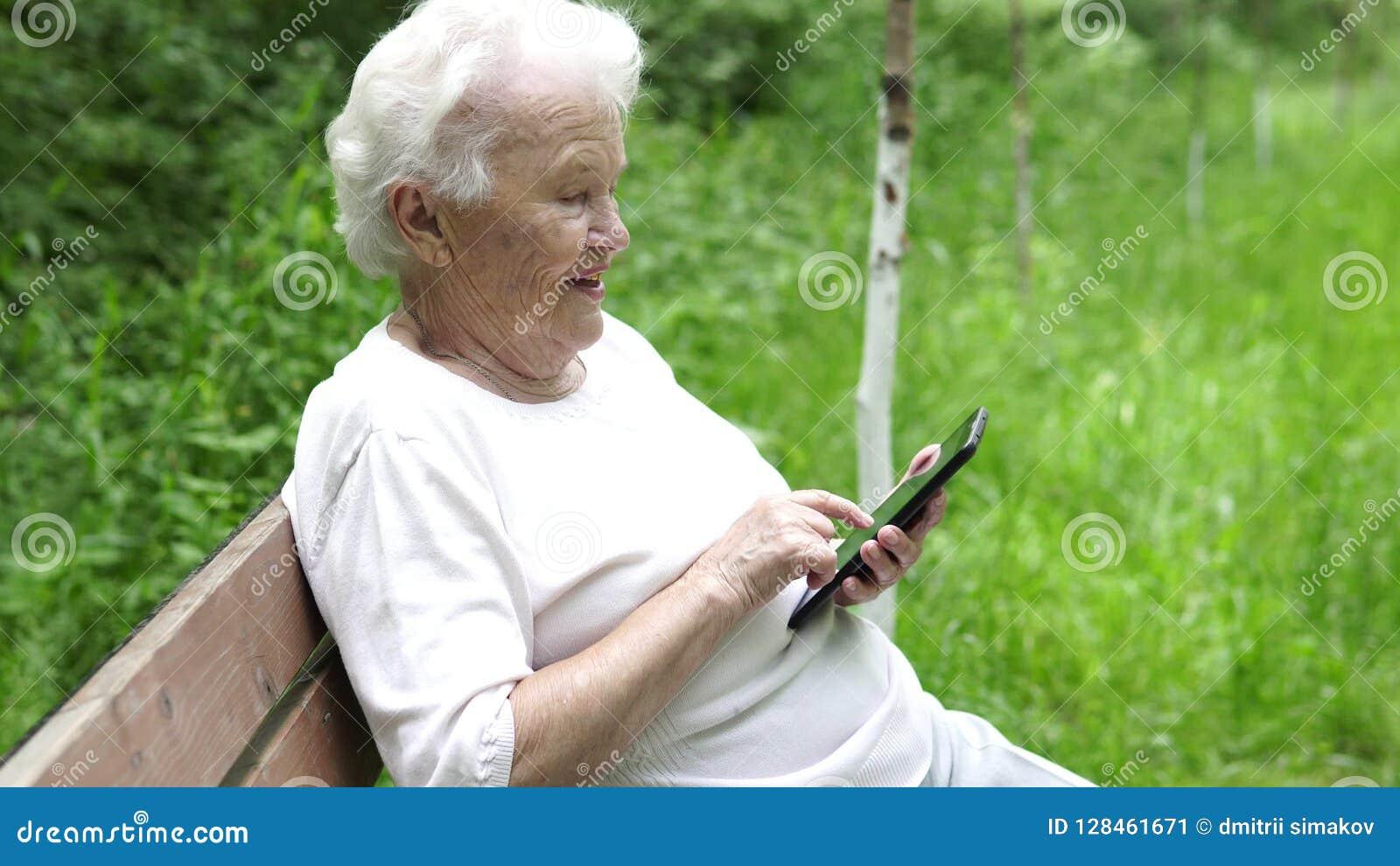 Granny thumbs mobile