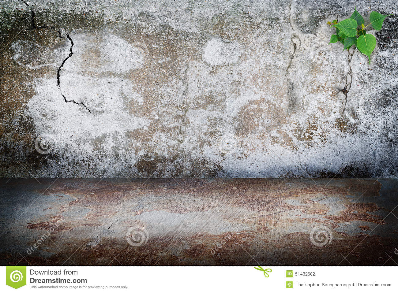 Rust Cement Wall : Old grunge dark room concrete wall rust stains