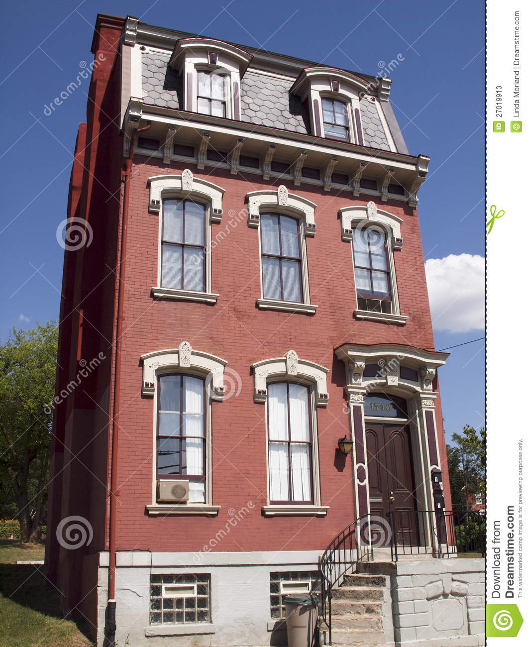 Old House In Pittsburgh Stock Photos Image 27019913