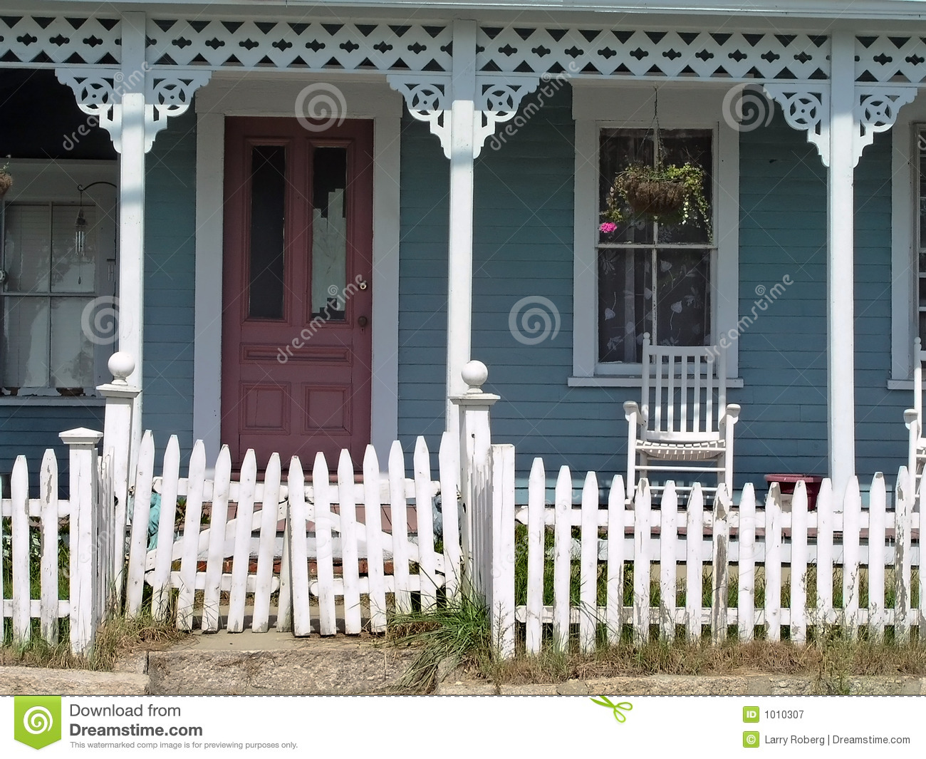 Old House With Porch Royalty Free Stock Photography