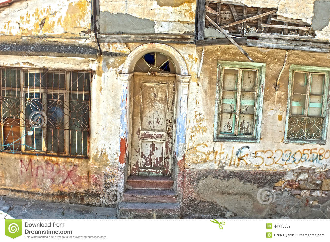 Old House In Ruins Stock Image Image Of Greek Damage 44715059