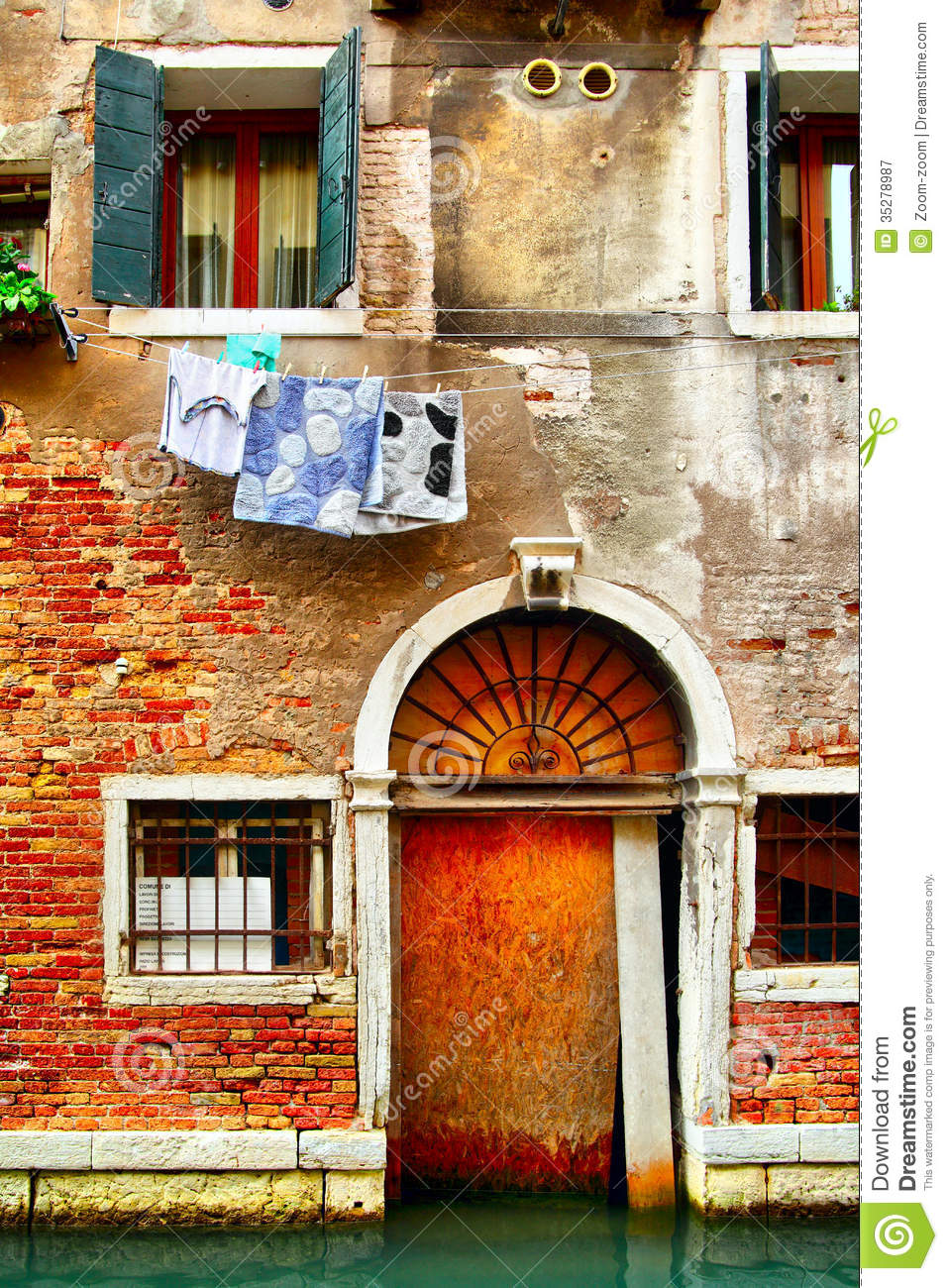 Old house in venice royalty free stock photography image for Classic italian house