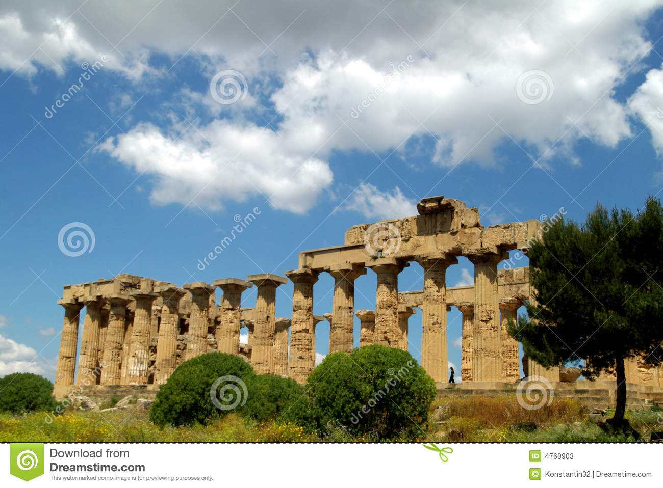 Old Italy, Greek temple in Agrigento, Sicily