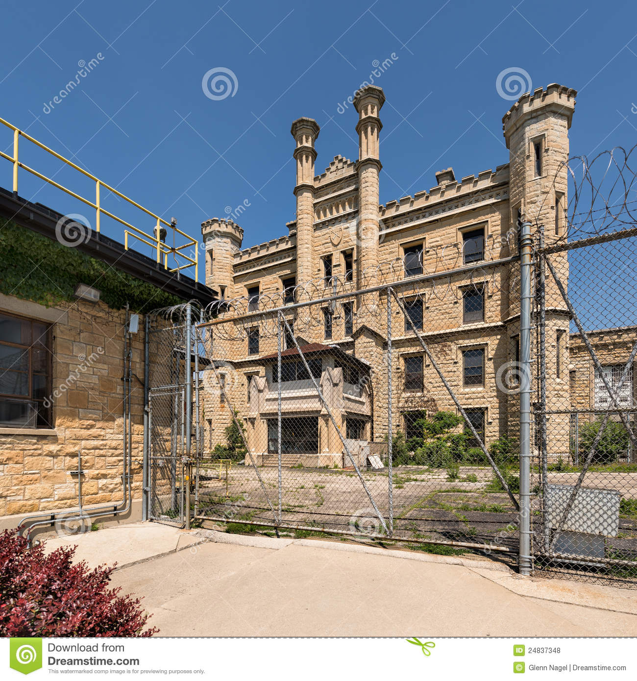 Prison Fence At Night: Old Joliet State Prison Editorial Stock Photo