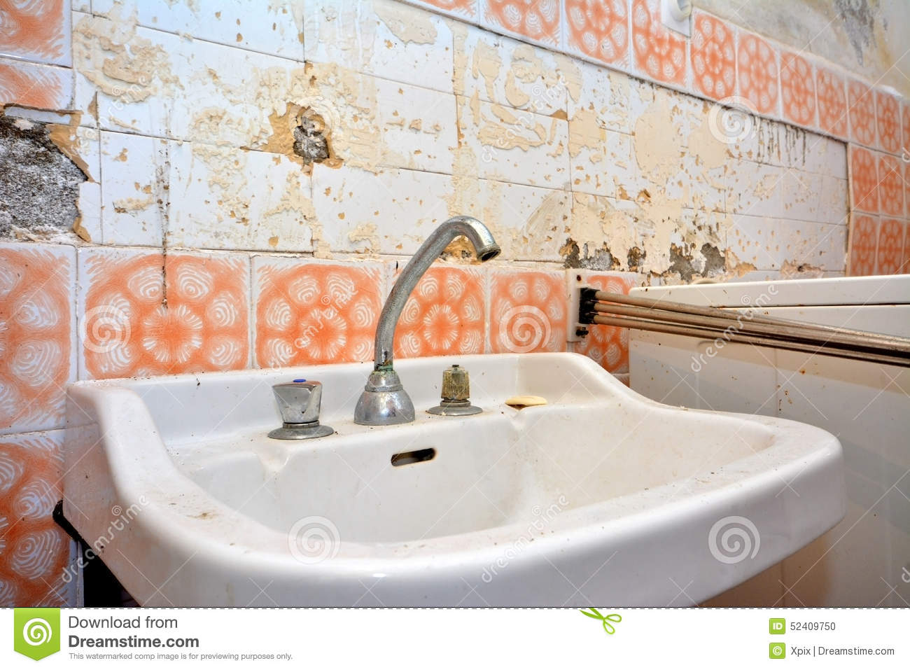 Old Lavatory In Destroyed Bathroom Stock Photo - Image of retro ...