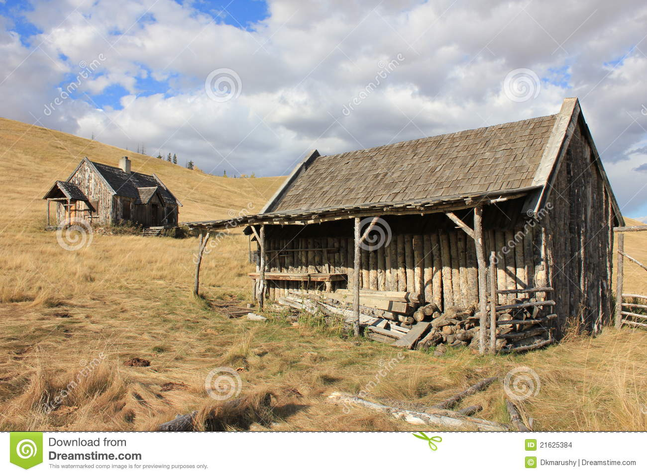 Old Log Barn And House With Sky Stock Images Image 21625384