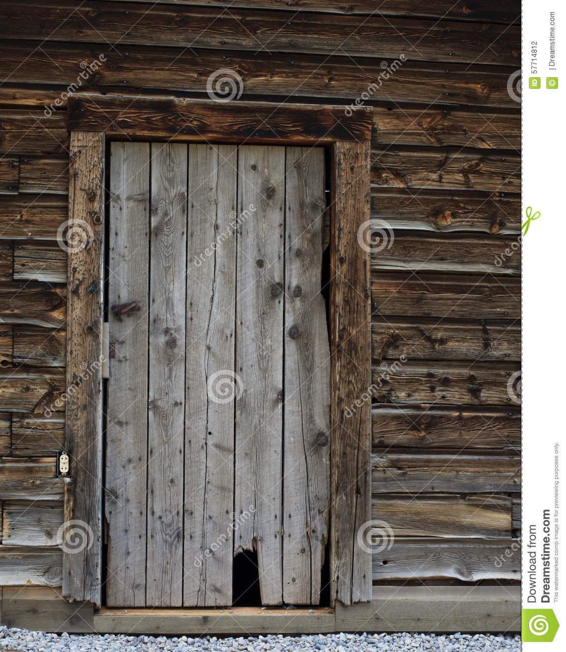 Old Log Cabin Door & Old Log Cabin Door stock photo. Image of natural home - 57714812