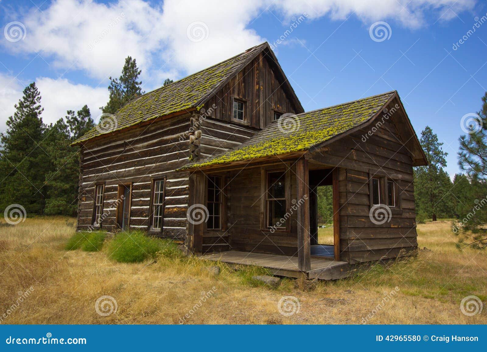Old Log Cabin Stock Photo Image 42965580
