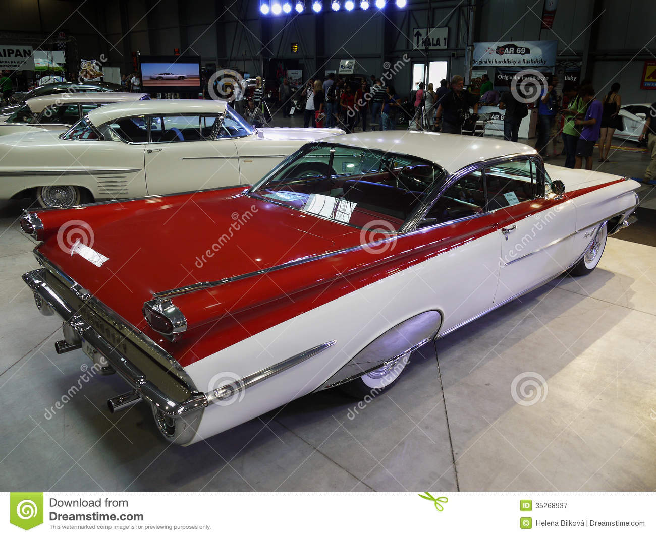 Classic American Retro Cars Editorial Photography - Image of car ...