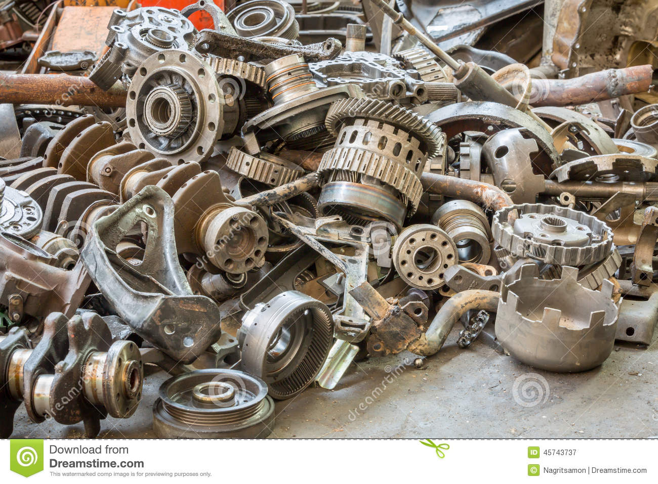 Hq Old Machinery Parts : Old machine parts in second hand machinery shop stock