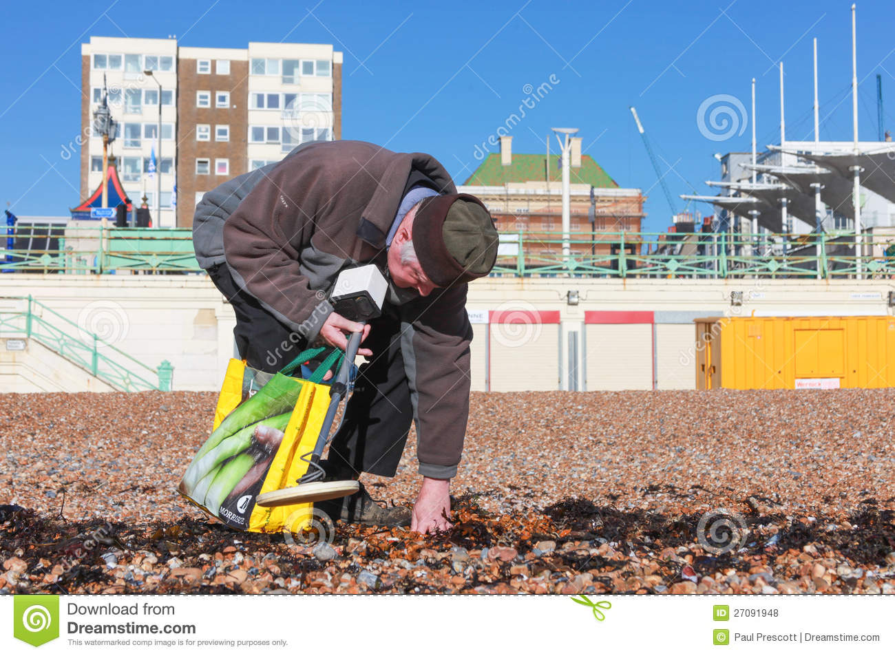 Jew Detector: Old Man And Metal Detector Editorial Stock Photo. Image Of
