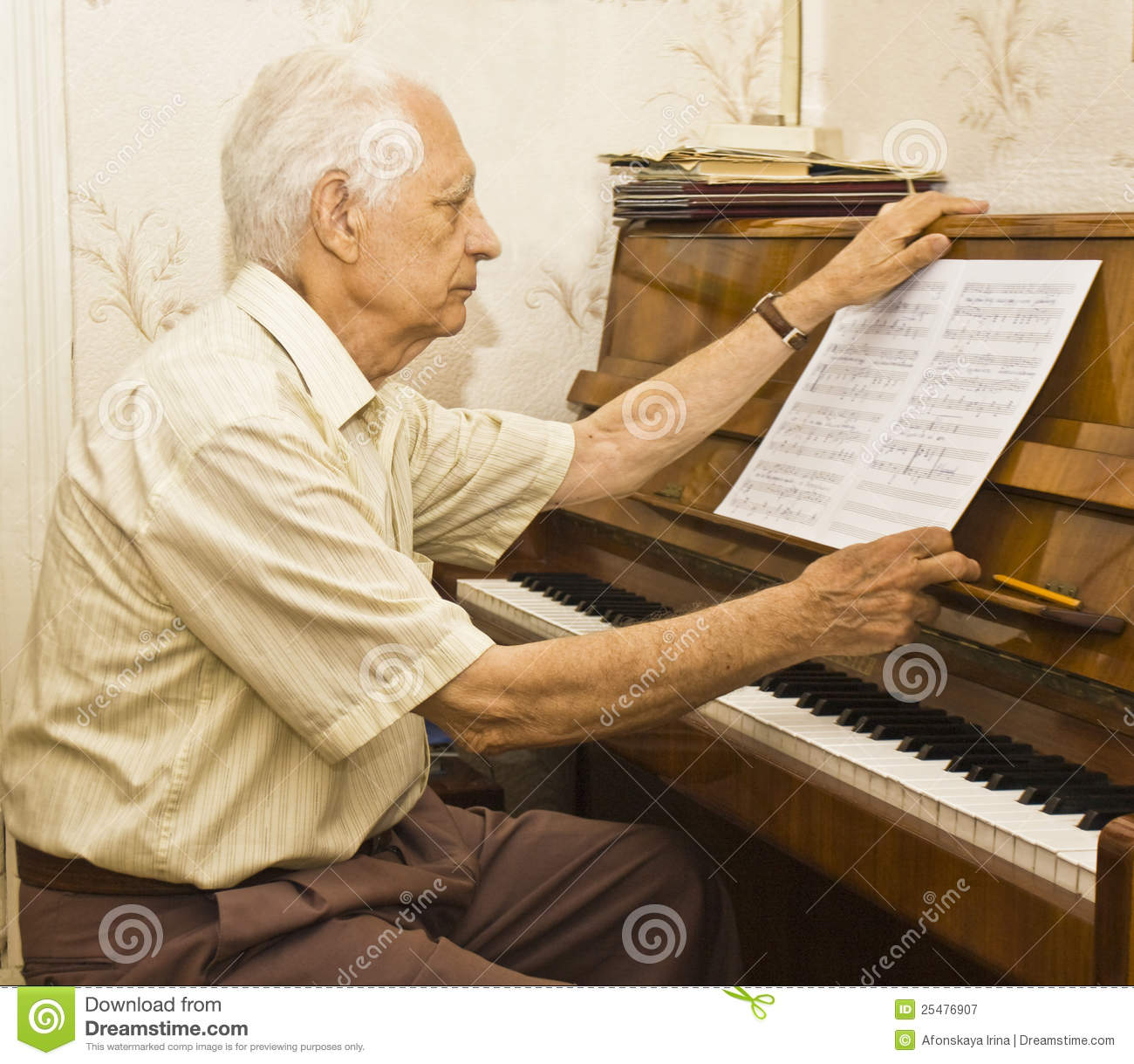 Old Man Playing Piano Royalty Free Stock Photography ...