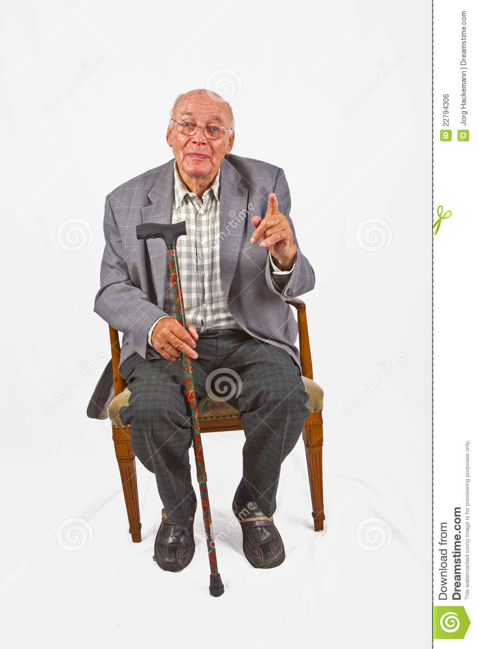 Old man sitting pictures to pin on pinterest pinsdaddy for Sitting in armchair