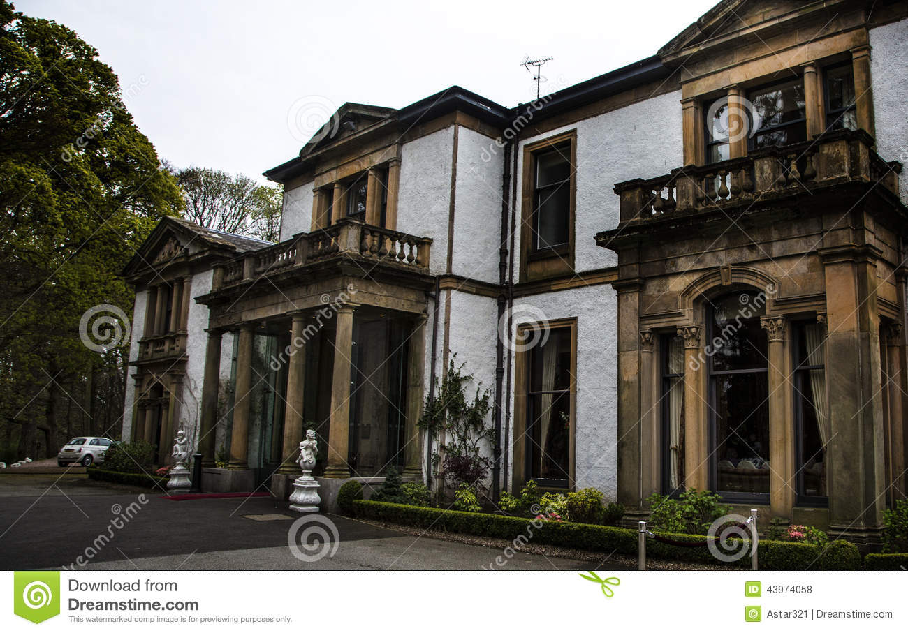 old mansion house in scotland stock photo image of history rh dreamstime com old mansion house dundee old mansion house for sale in swansea area
