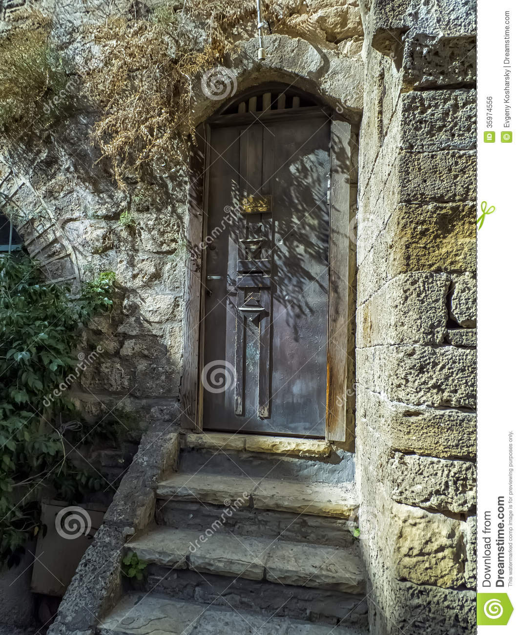 1300 #595039 Old Mediterranean Door Jaffa Entry To House Detail Facade Home Jaffa  image Mediterranean Style Entry Doors 39631065