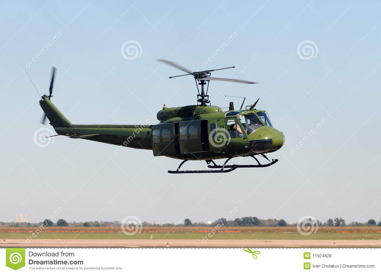 kiowa helicopters with Royalty Free Stock Photos Old Military Helicopter Image11924828 on 1rocket 2 moreover File Damaged US Army AH 64 Apache  Iraq as well 711 besides Army Helicopters Stealth  anche Rah 66 Wallpaper 10575 further 10 air vehicles.