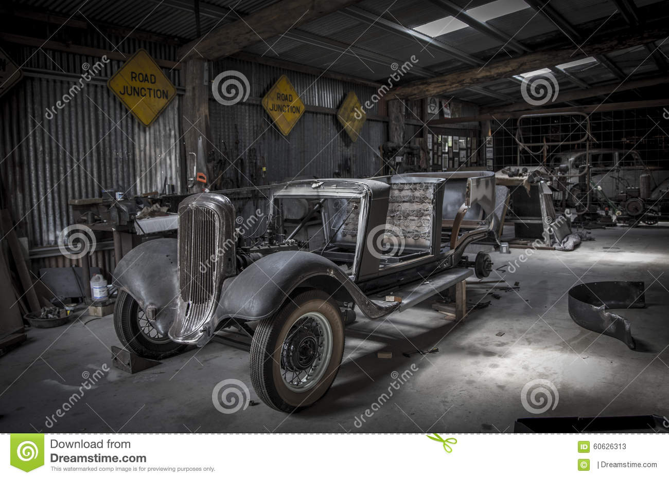 Old minetown car shop editorial stock photo. Image of room - 60626313