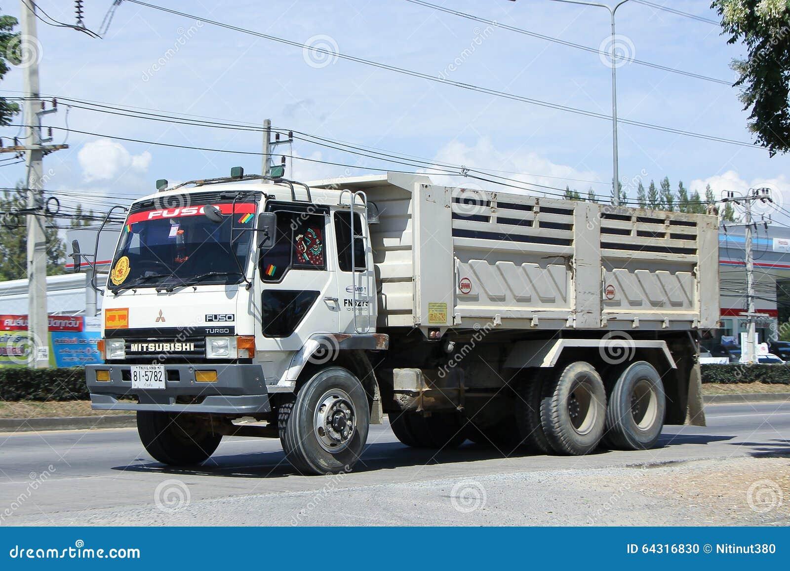 Old Mitsubishi 10 Wheel Dump Truck Editorial Image - Image of ...
