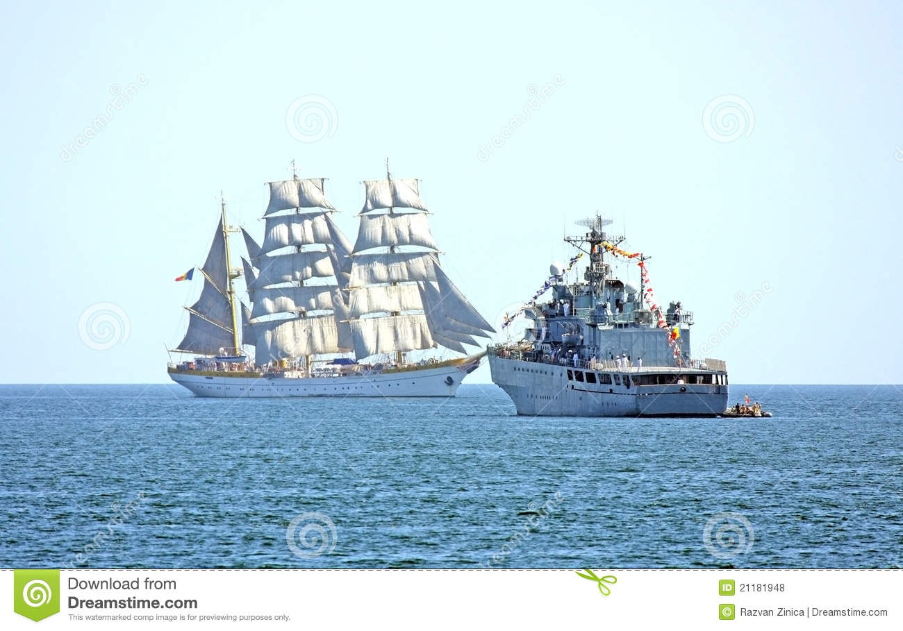 Old and modern ships