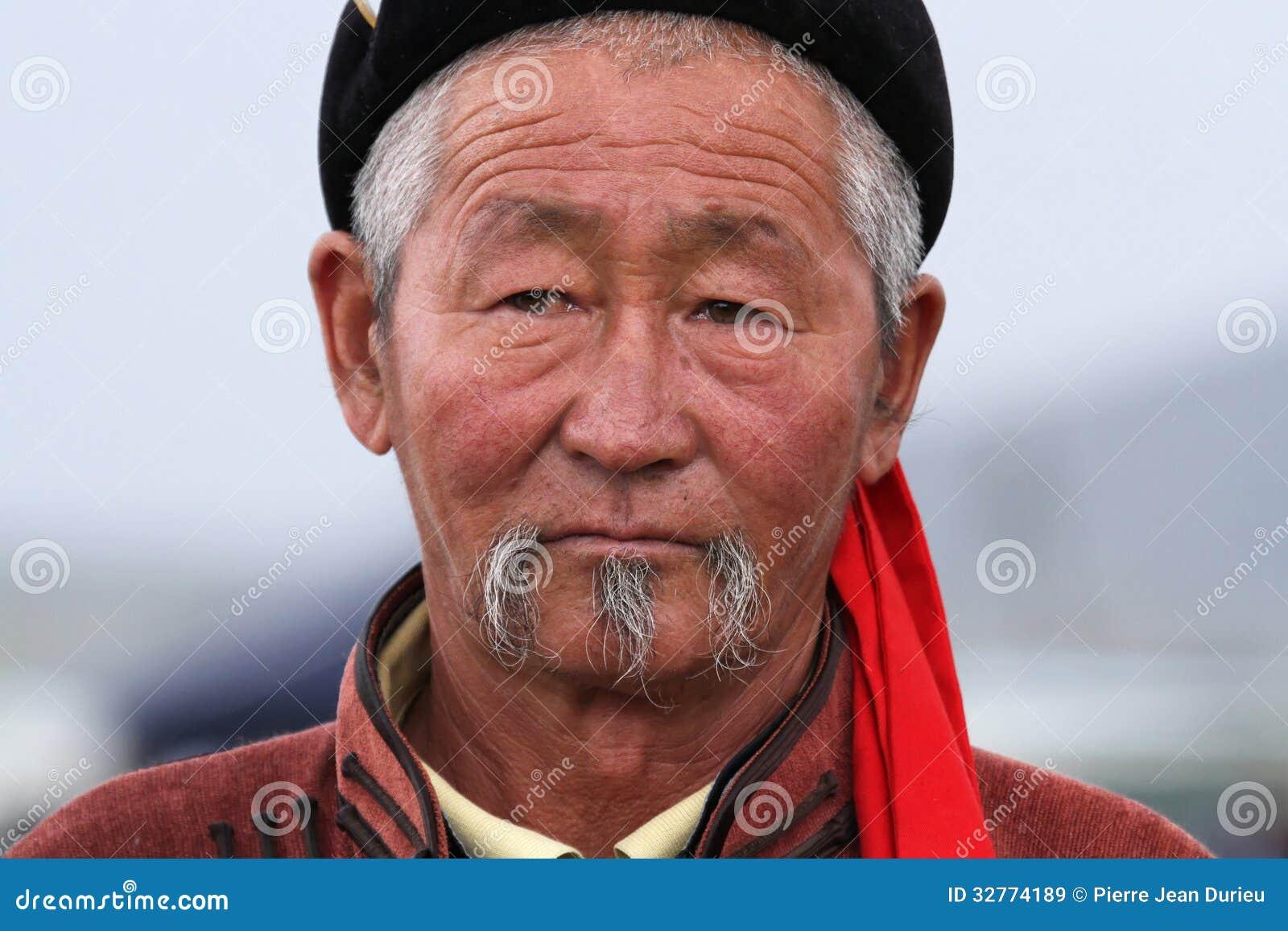old-mongolian-man-kharkhorin-mongolia-ju