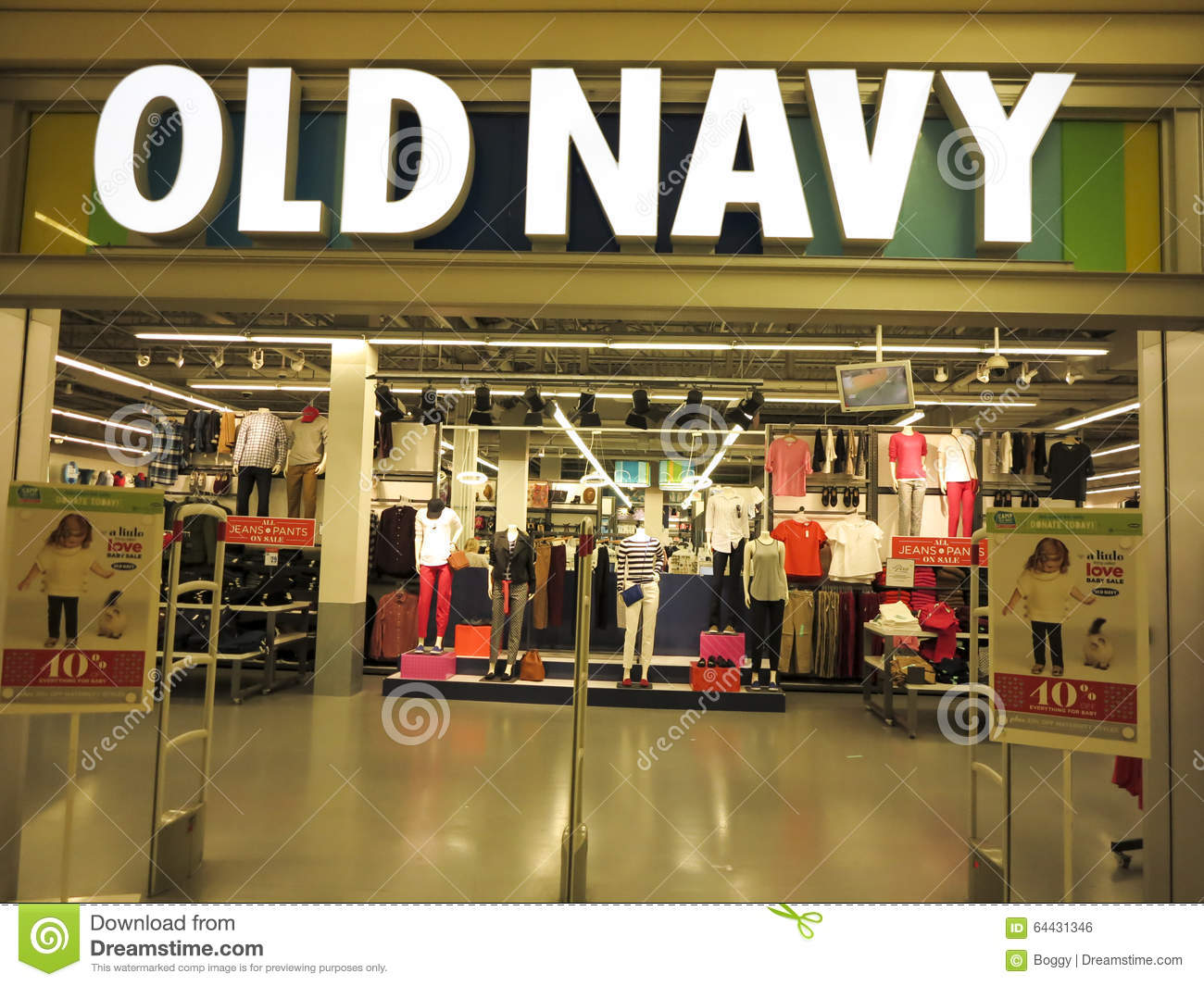 98fa06eba8c Old Navy shop editorial photo. Image of business
