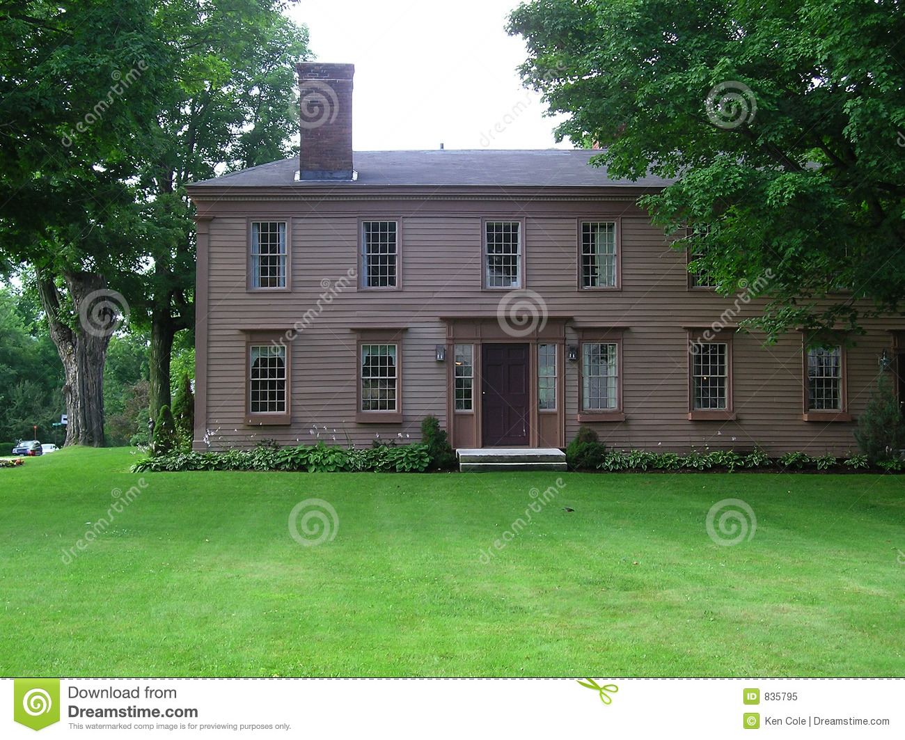 Old new england georgian colonial style house stock image for New england colonial style