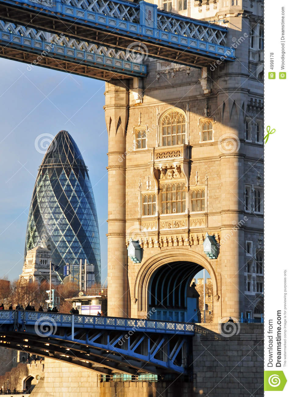 Old new london architecture royalty free stock photos for Architecte tower bridge