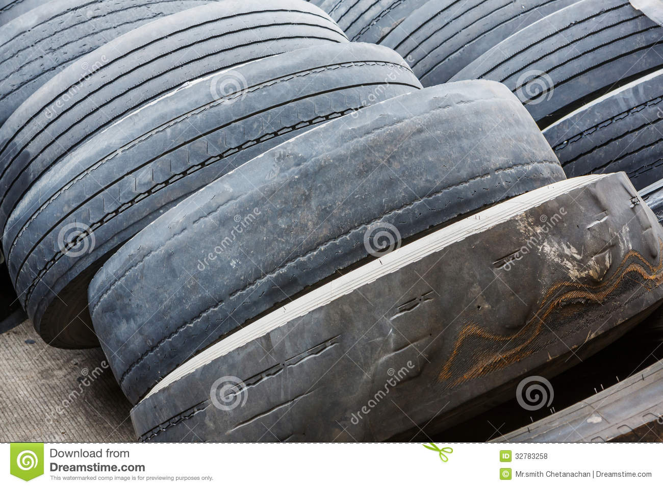 Old And No Tread Tires Royalty Free Stock Photos - Image: 32783258