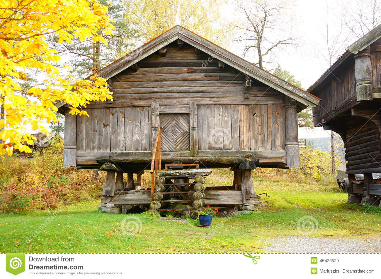 Old Norwegian Wooden Agricultural Building Stock Image - Image: 45438529