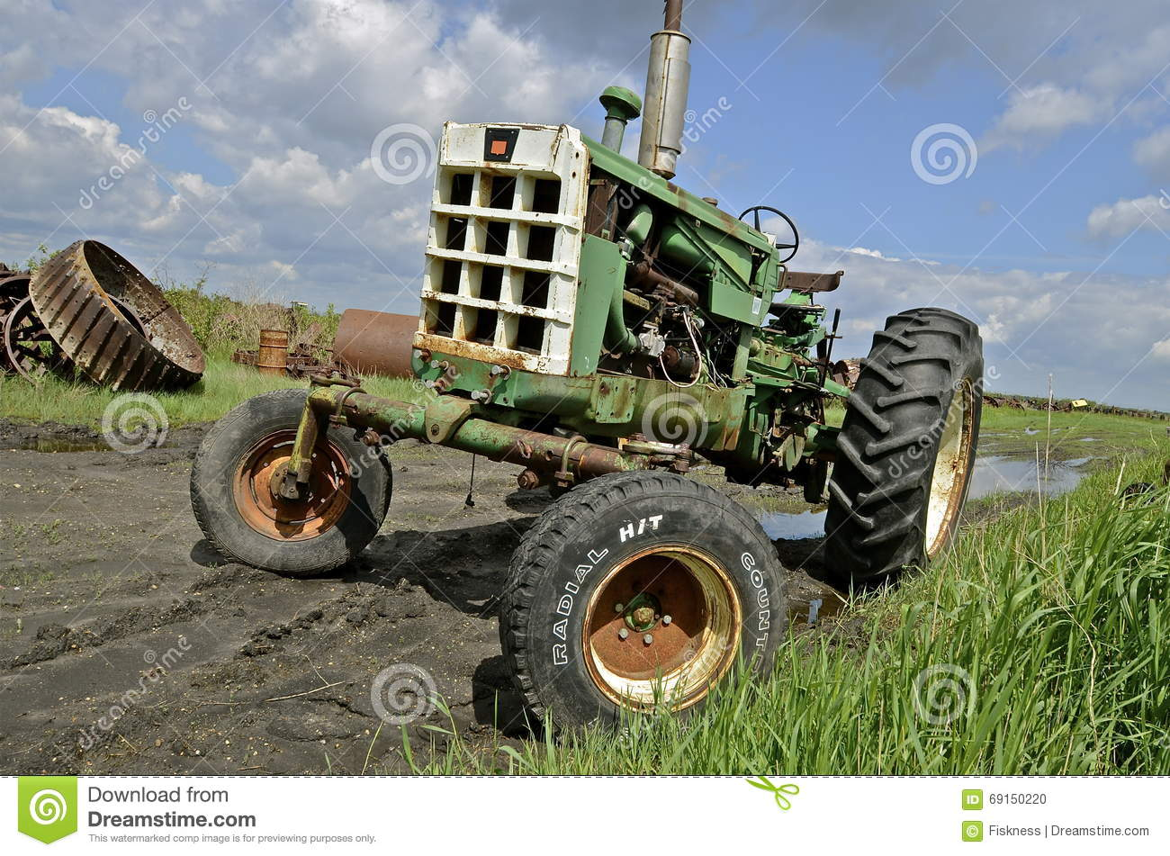 Tractor Equipment Salvage Yards : Old oliver tractor in a salvage yard editorial image