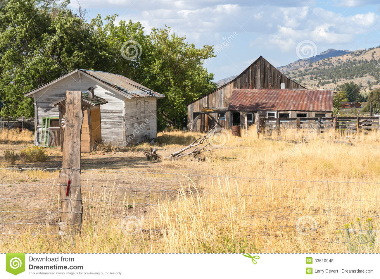 Old Outbuildings In Rural Northern California Royalty Free