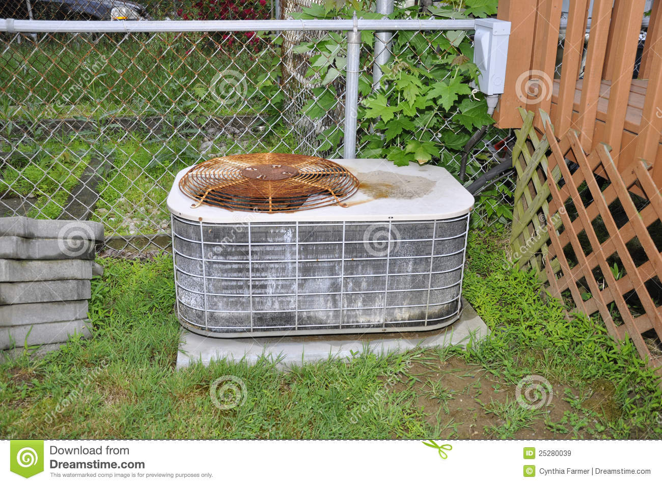 Old Outdoor Air Conditioner Royalty Free Stock