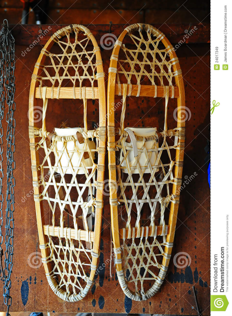 snow shoe online dating Antique snowshoes and vintage american snowshoes antique and vintage snowshoes whether you are looking for decorative, usable, or museum quality snowshoes,.