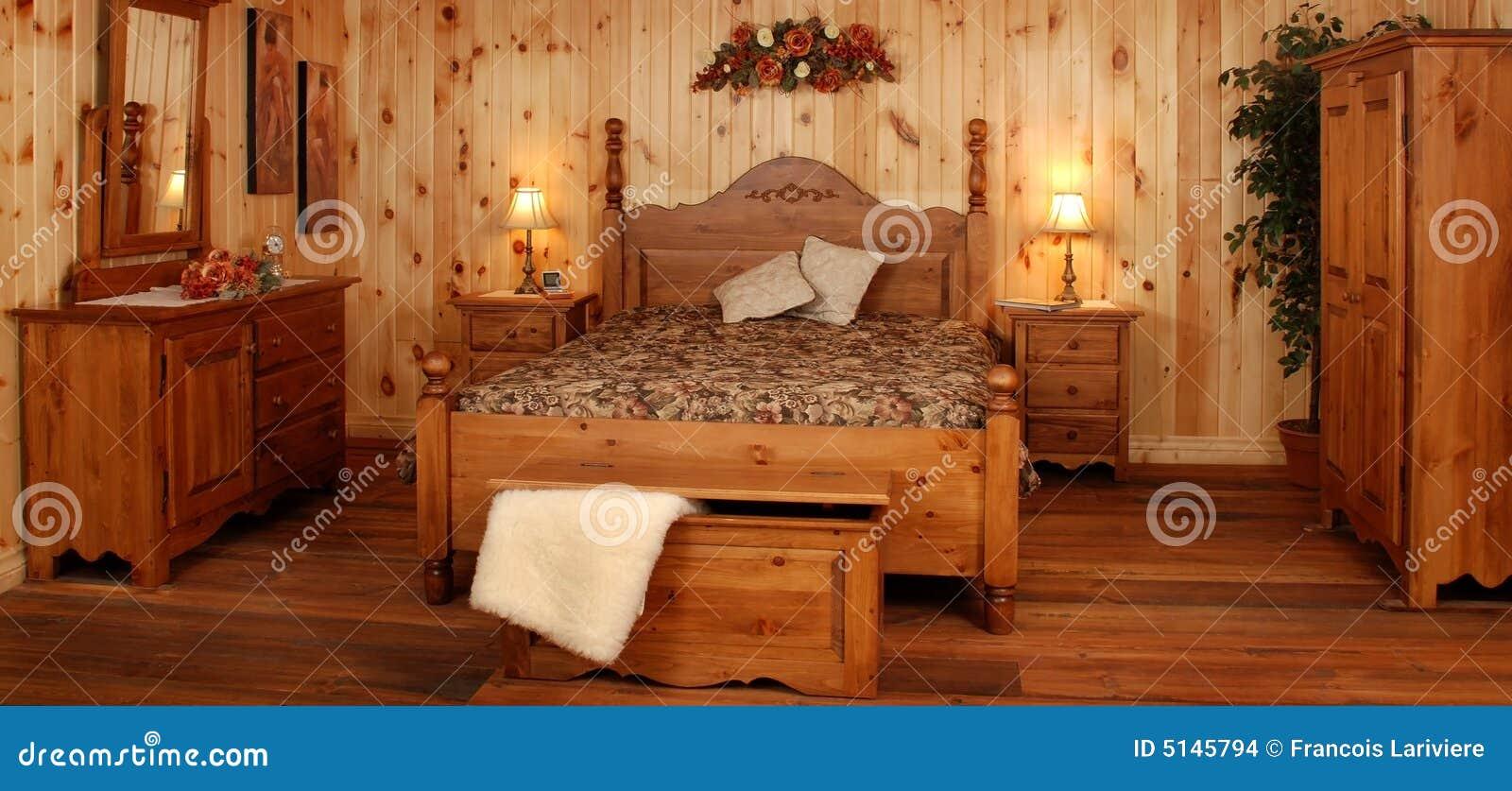 Old Pine Wood Bedroom Set Stock Images Image 5145794