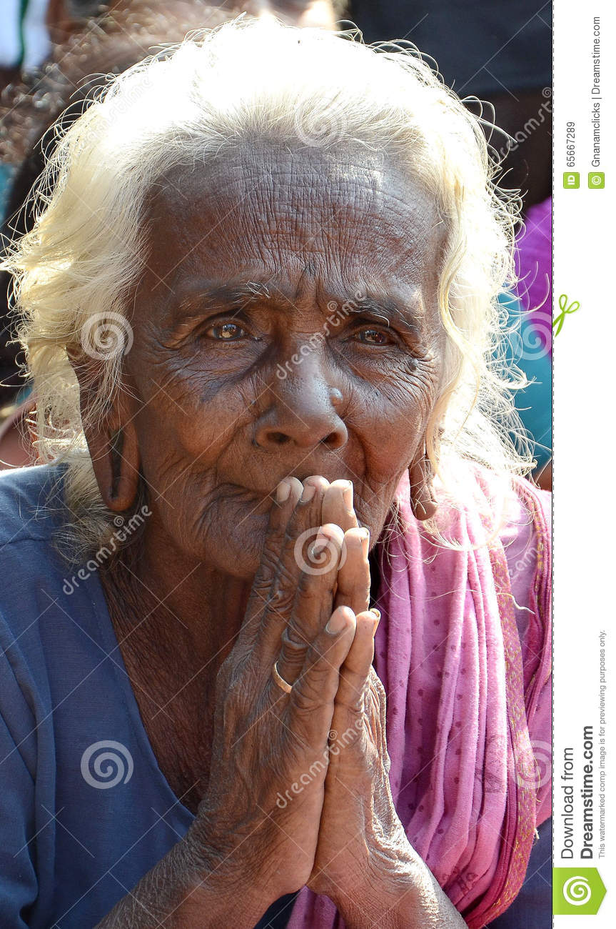 Porr old women