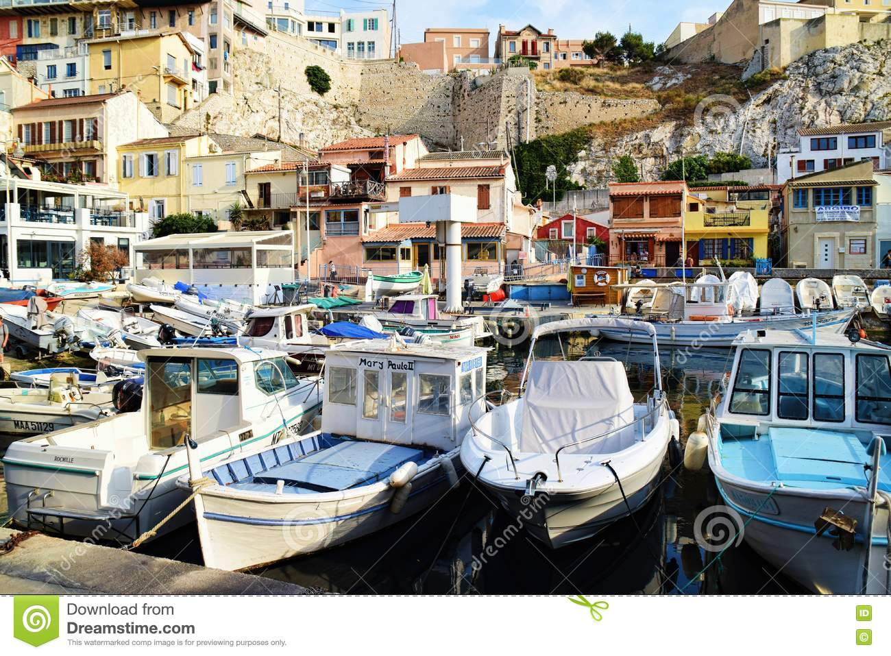 Old port of marseille vieux port boats editorial stock - Parking marseille vieux port ...