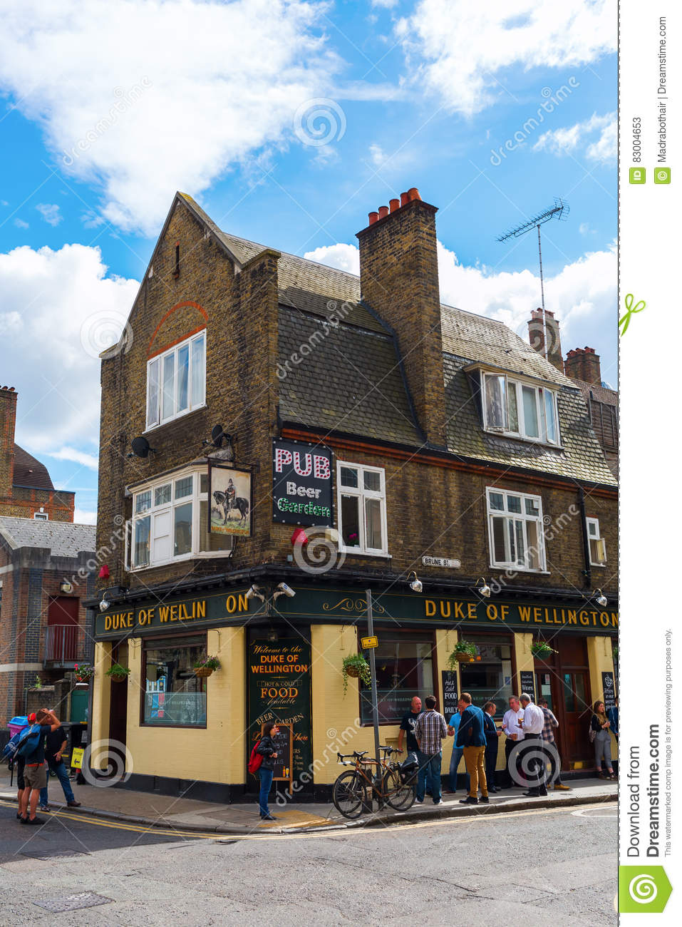 Shoreditch London Uk: Old Pub In Shoreditch, London, UK Editorial Stock Photo