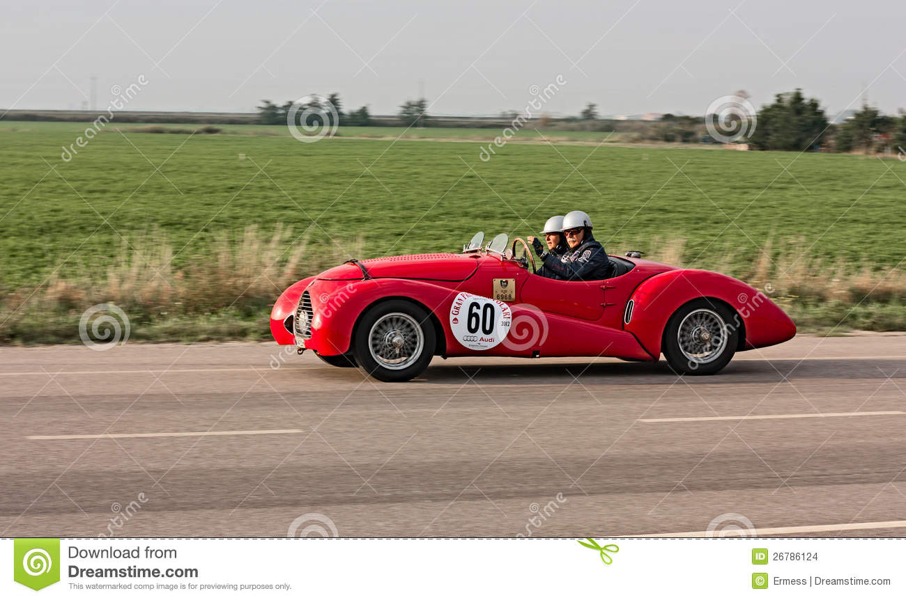 Old racing car editorial stock image. Image of regularity - 26786124