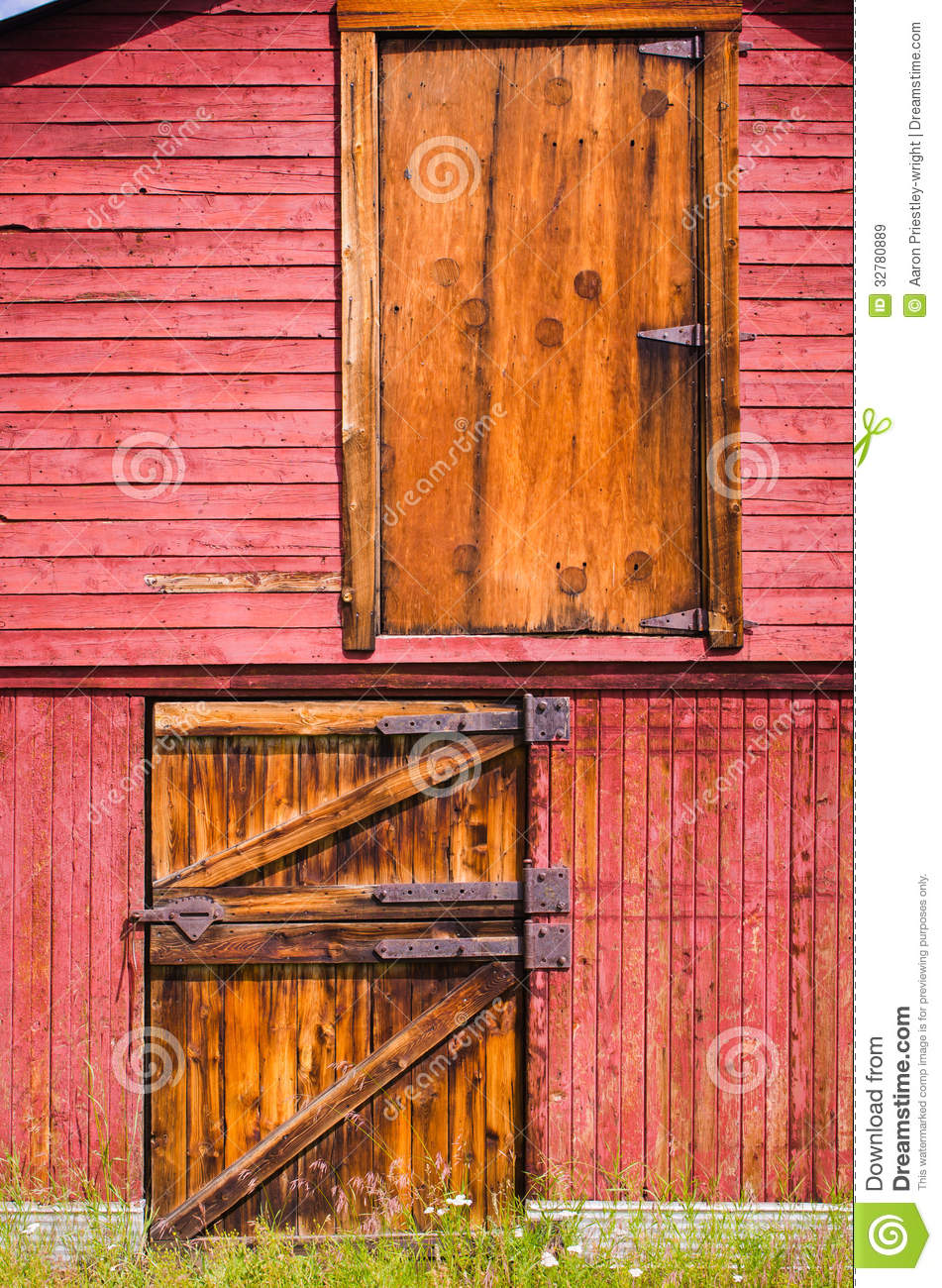 Old Red Barn Doors Stock Image Image Of Historic Home