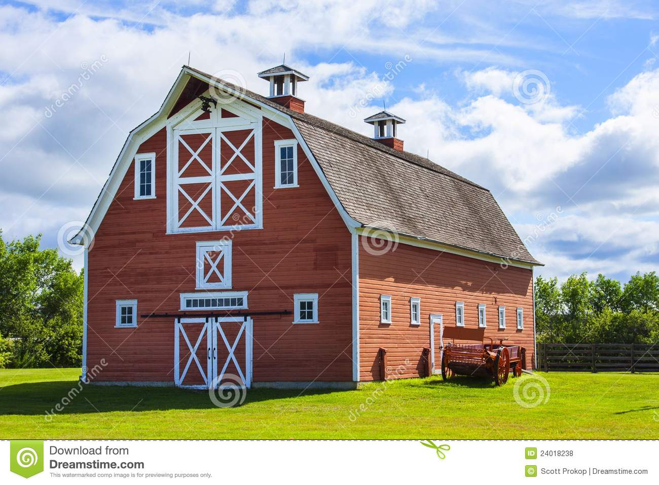 Old Red Barn On Farm Stock Photo Image Of Rural Vintage