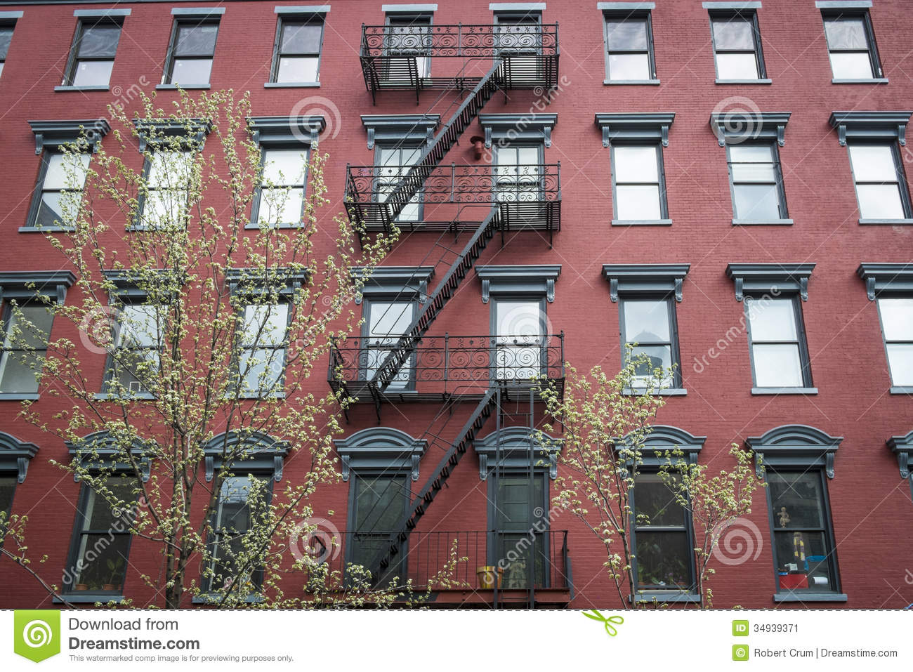 Old Red Brick Apartment Building Stock Image - Image of residence ...