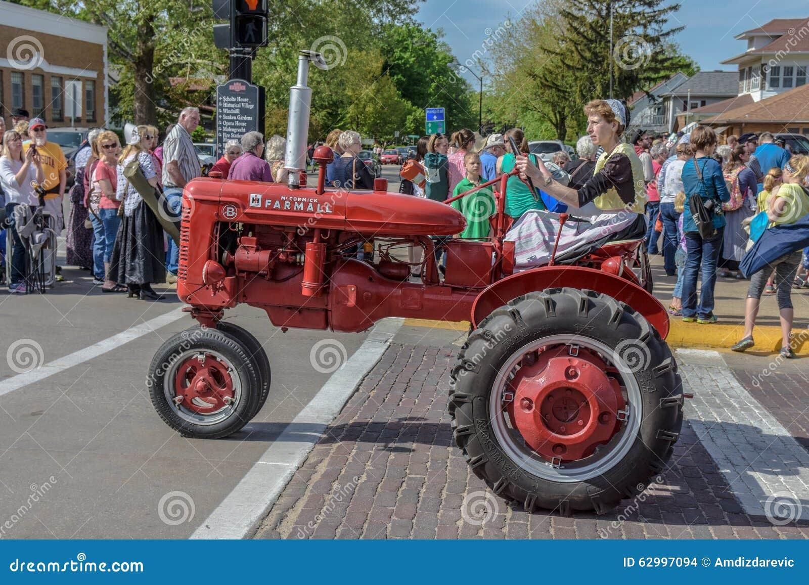 Old Red Farmall Tractor In Pella Iowa Editorial Stock Image