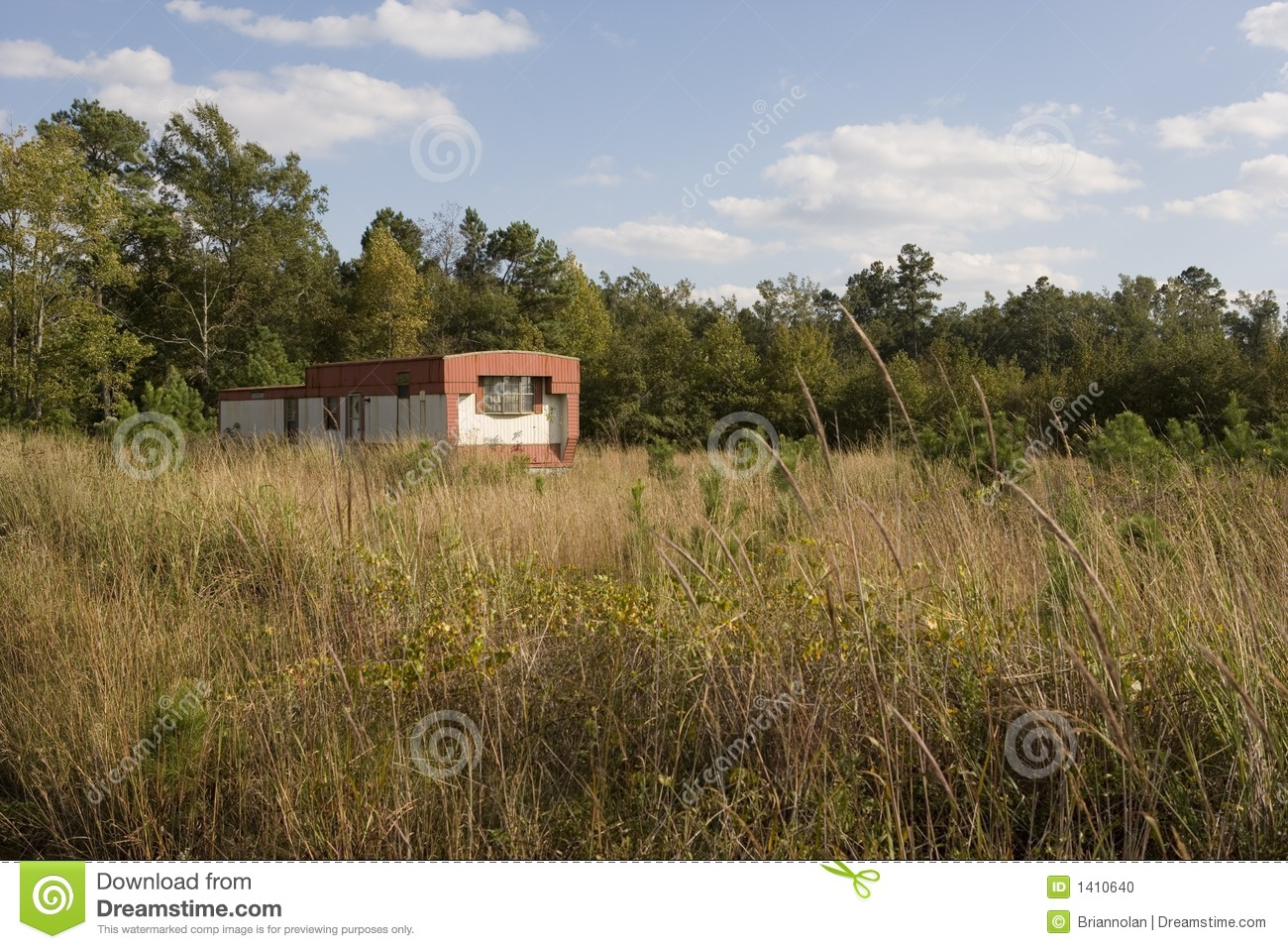 old-red-mobile-home-1410640 Mobile Homes Red on red houses, red siding, red decks,