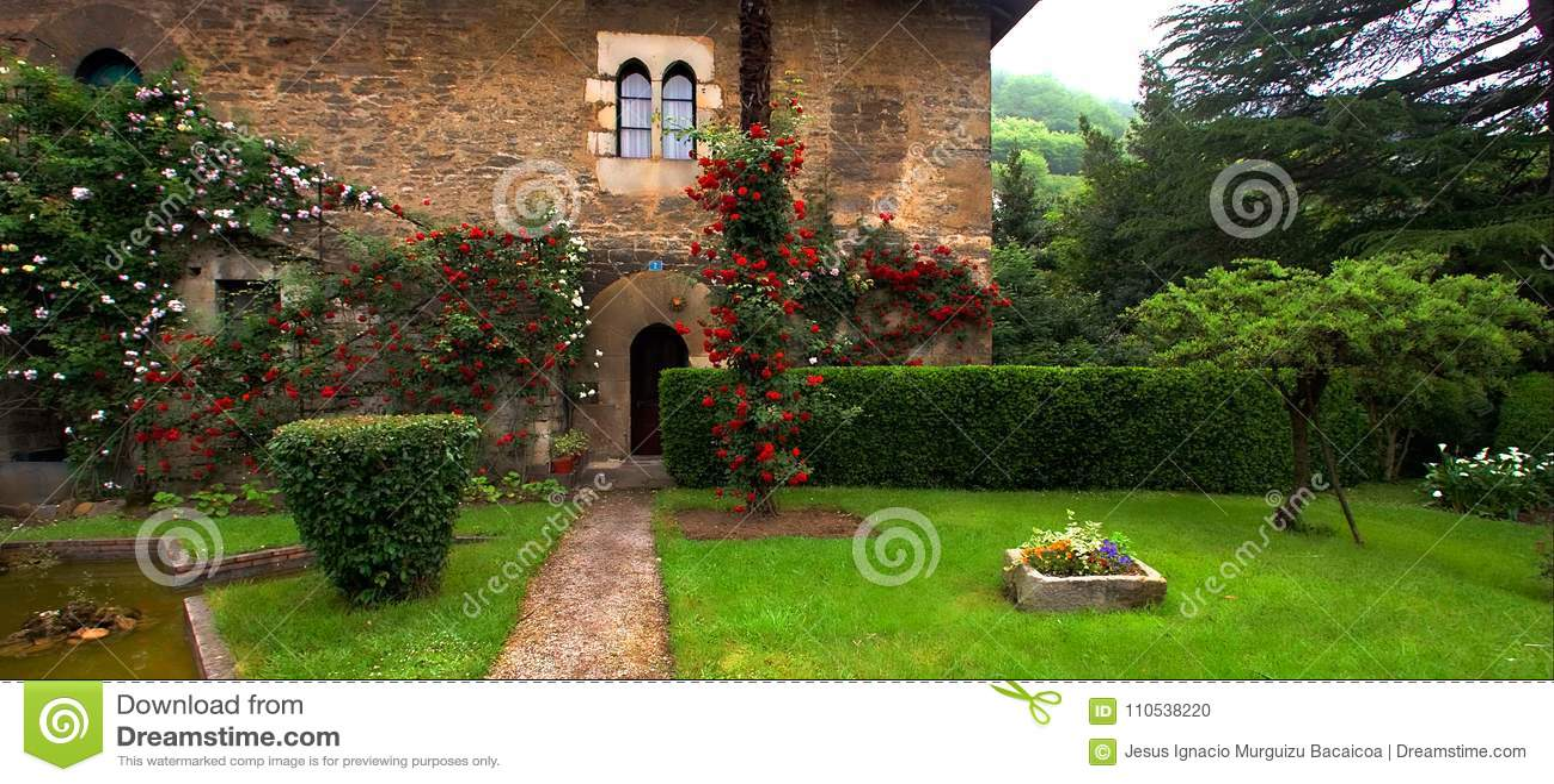 Old Renaissance House With Garden In Bergara Guipuzcoa Stock Photo ...