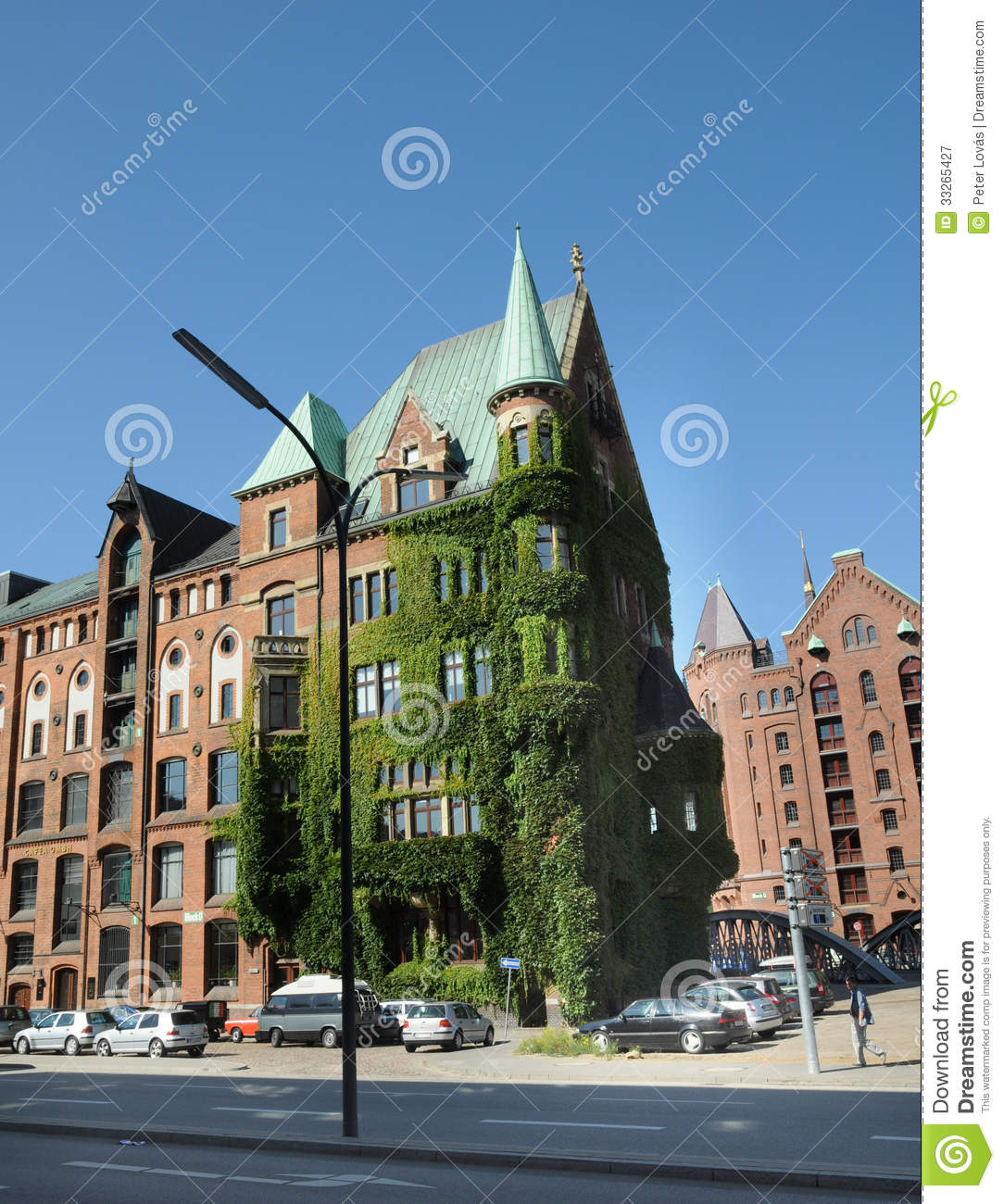 Old Residential Building In Hamburg Editorial Photography