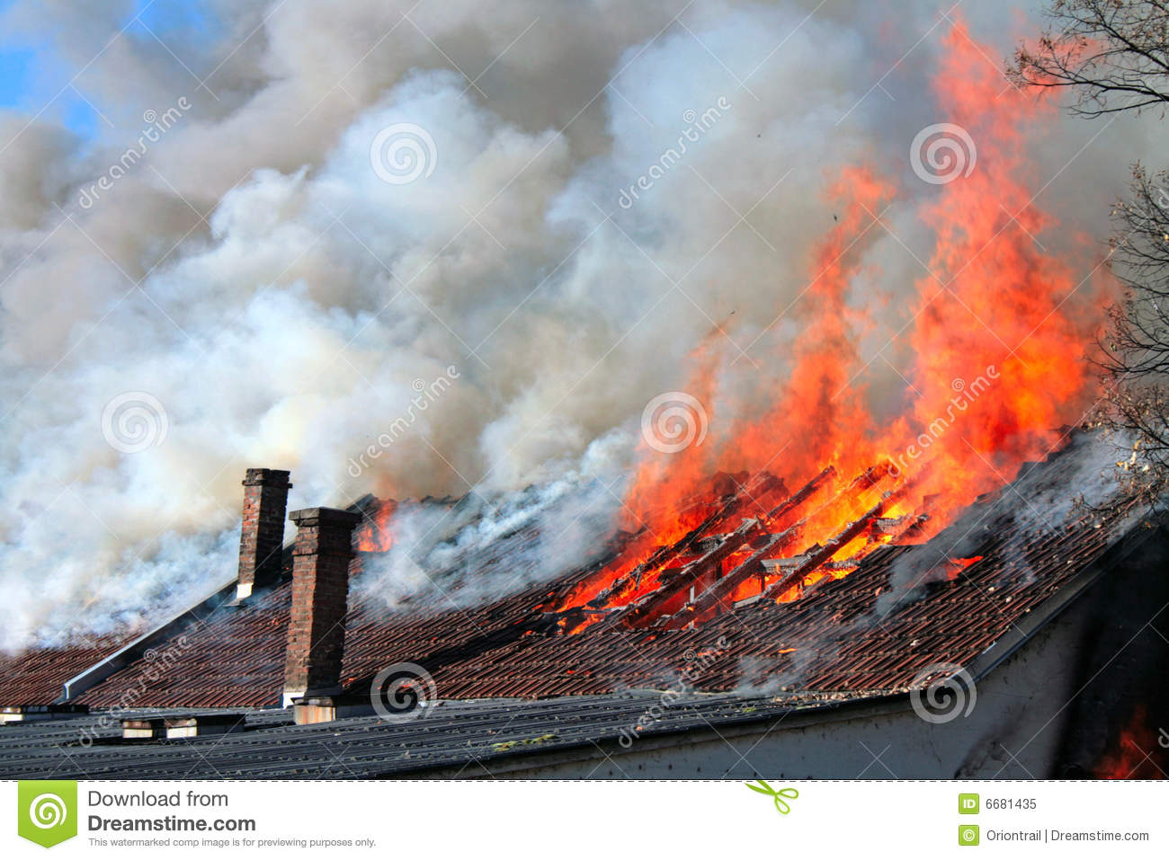 Old Roof On Fire Stock Image Image Of Destruction