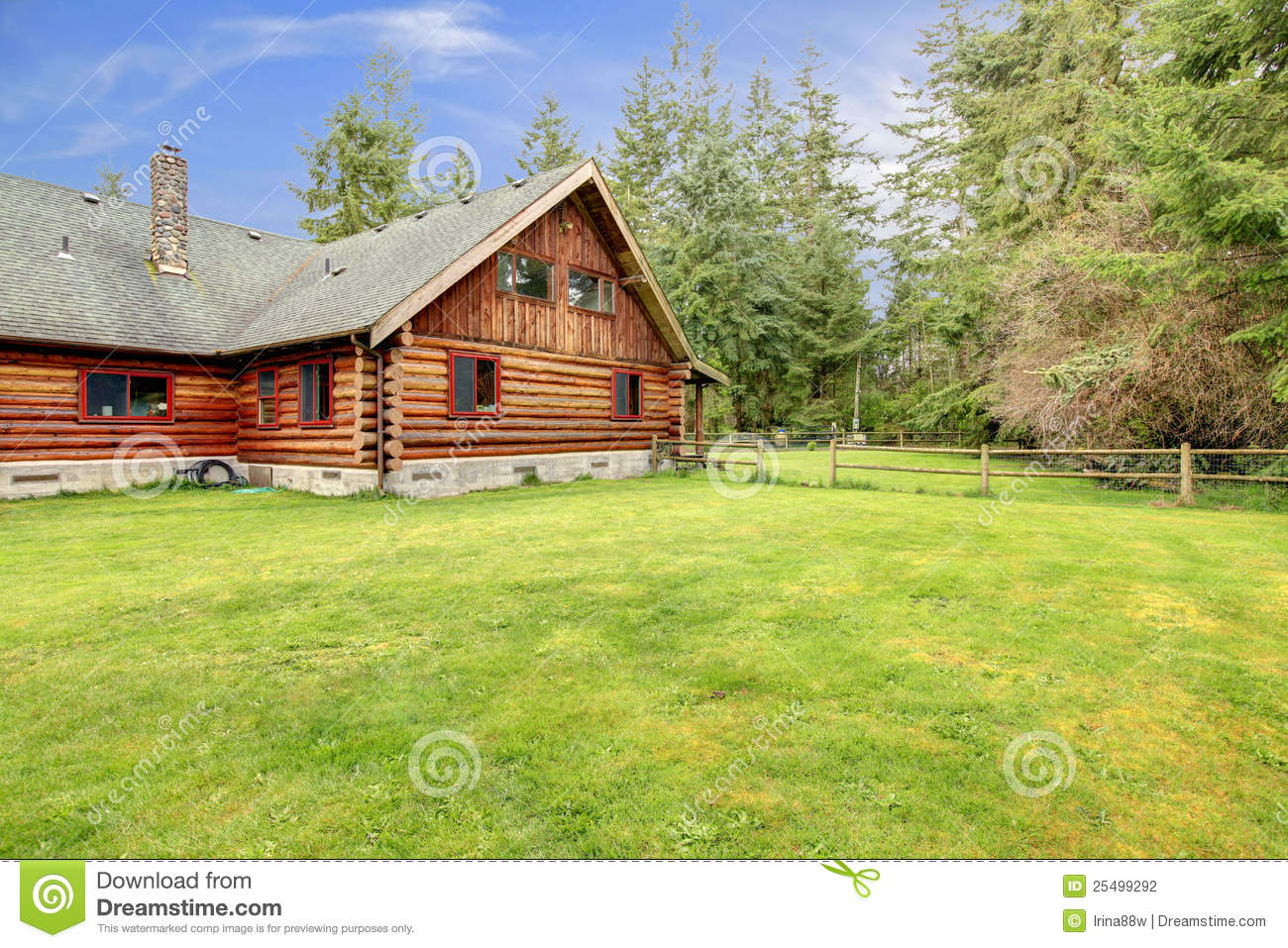 Old Rustic American Log Cabin In The Country Side Stock