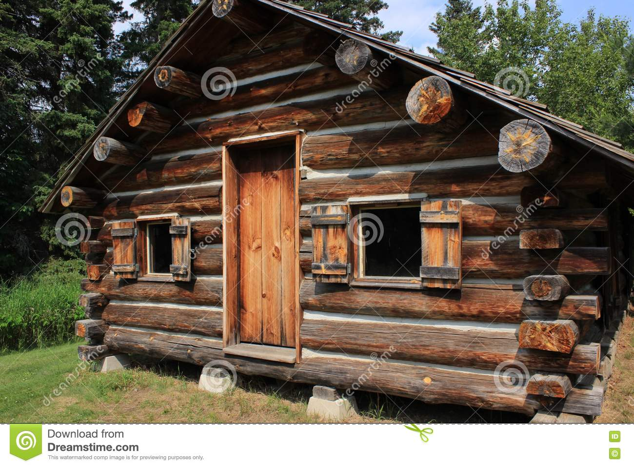 Incroyable Old Rustic Log Cabin In Minnesota