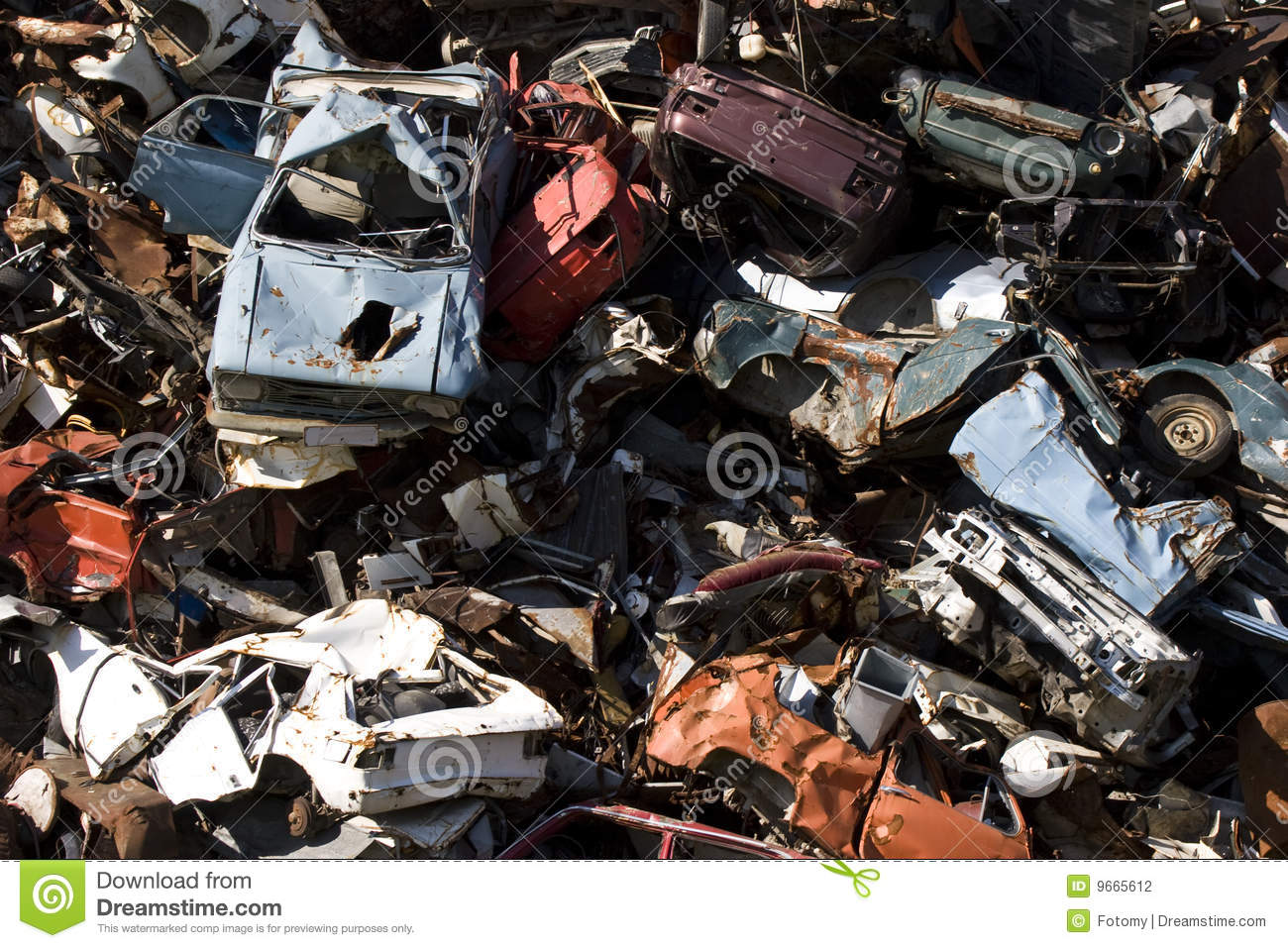 Scrap Metal Prices Cars >> Old Rusting Cars In A Junk Yard Stock Photography - Image: 9665612
