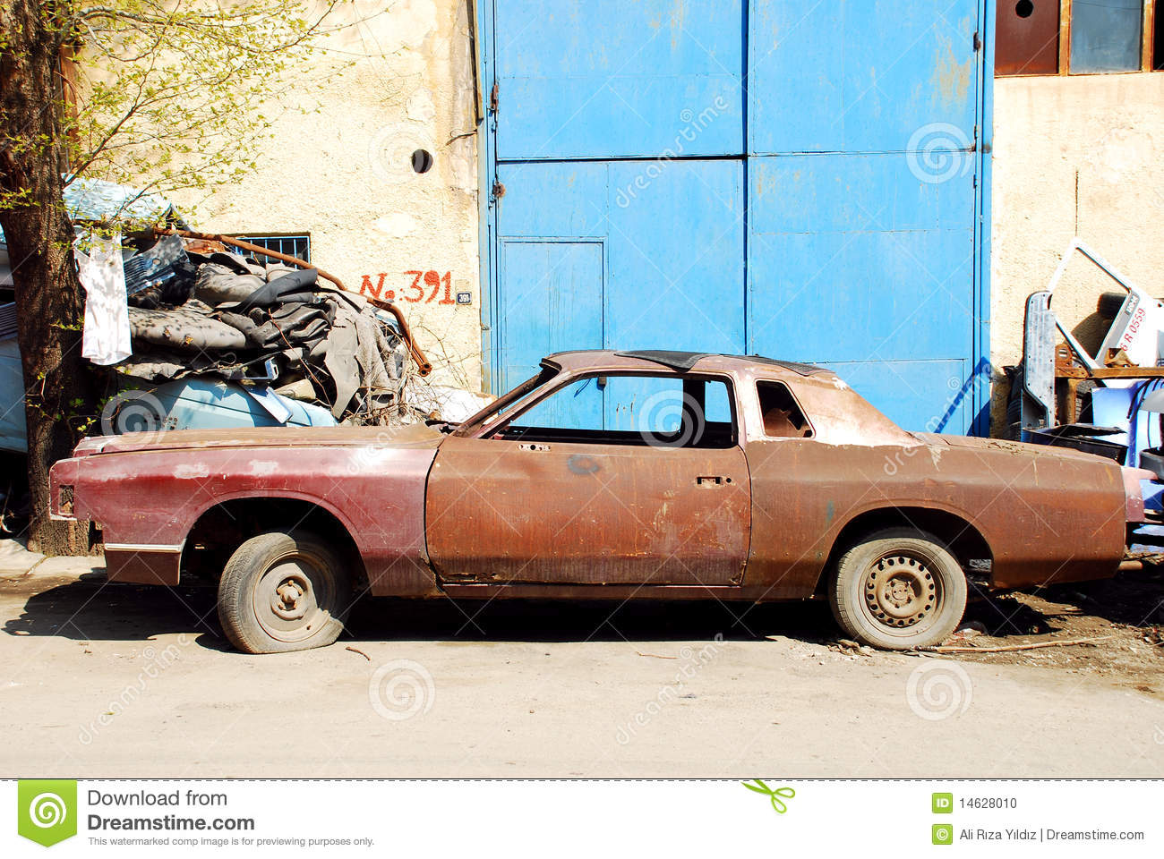 Old Rusty Car stock photo. Image of damage, classic, broken - 14628010